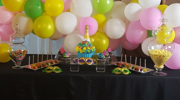 Treat Table; Ballons; Candy table